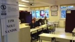 Ankara'da Oy Sandıkları Açıldı