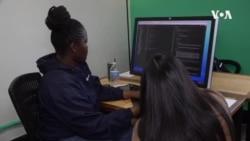 纽约学校帮助少数族裔学生成为电脑专才