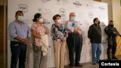 Cinco exfuncionarios salvadoreños capturados en San Salvador, El Salvador, por acusaciones de lavado de dinero, el 22 de julio de 2021. Foto cortesía de la policía de El Salvador.