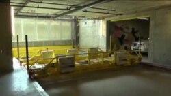 Прва роботска гаража во западен Холивуд