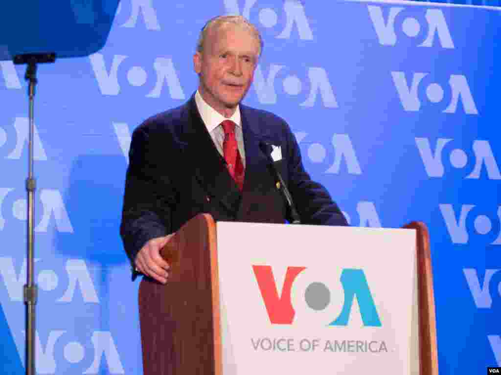 رابرت رایلی رئیس کل صدای آمریکا