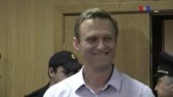 Navalny, 30 dias de prisão