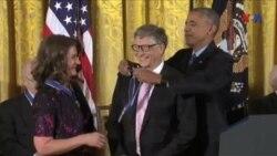 Obama Amerikanın görkəmli şəxsiyyətlərinə Azadlıq medalını təqdim edib