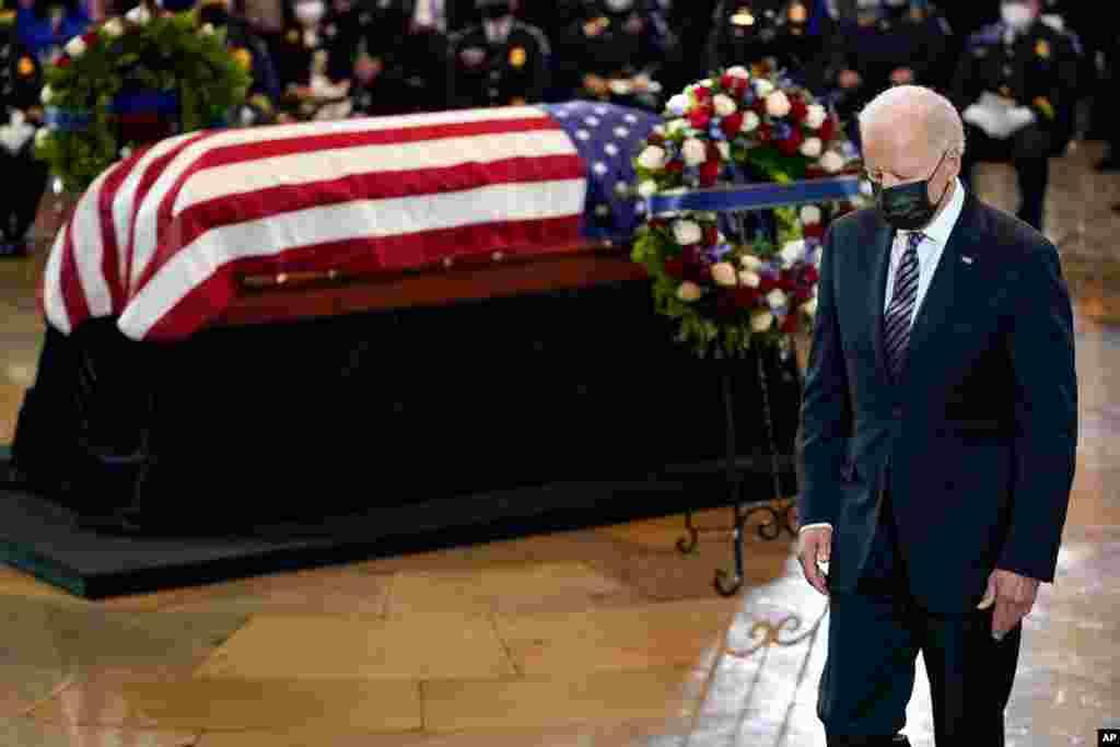 조 바이든 미국 대통령이 윌리엄 '빌리' 에반스 연방 의사당 경찰관 추도식에 참석했다.