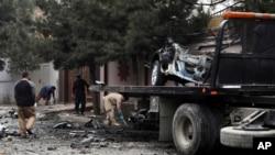 صحنه یکی از بمب گذاری های روز شنبه در کابل