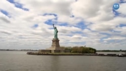 ABD'de Göçmenlikten Vatandaşlığa Giden Zorlu Yol