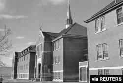 Glavna administrativna zgrada Rezidencijalne škole za Indijance Kamloops u Kamloops, Britanska Kolumbija, Kanada, 1970. godine (Foto: Biblioteka i arhiv Kanade, via Reuters)