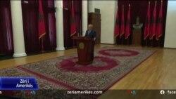 Presidenti Meta kritika ndaj qeverisë për mbajtjen e detyruar të maskava