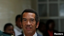 Botswana President Ian Khama arrives at the Botswana-South Africa Bi-National Commission (BNC) in Pretoria, South Africa, November 11, 2016. REUTERS/Siphiwe Sibeko