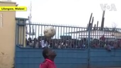 Une tanzanienne impressionne Donald Trump avec ses jongles