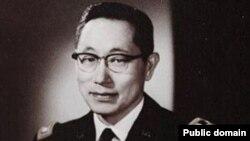 한국계 미국인으로 한국전쟁에서 활약했던 고 김영옥 미 육군 대령.