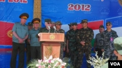 Rossiya, Qozog'iston, Qirg'iziston, Xitoy va Tojikiston harbiylarining 2012-yil o'tkazgan qo'shma harbiy mashqidan.