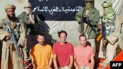 Những con tin người châu Âu đang bị các phần tử al Qaida cầm giữ tại một địa điểm không được tiết lộ ở Mali