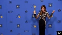 """女演员埃里森.詹森以在影片""""I, Tonya""""中的角色获得最佳女配角奖。(2017年1月7日)"""