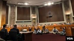 美國國會參議院2019年7月16日為核准埃斯珀(Mark Esper)出任國防部長舉行聽證會。(美國之音黎堡)