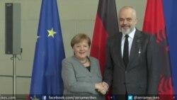 Merkel shpreh mbështetje për hapjen e negociatave për Shqipërinë