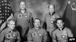 Команды «Аполлона» и «Союза». 1975 год