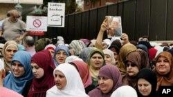 Sebagian kelompok Islam khawatir rancangan undang-undang anti-kawin paksa menjadi cara terselubung untuk mencemarkan dan meminggirkan masyarakat Muslim (foto: dok.).