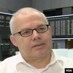 Stefan Scharffetter, bankar