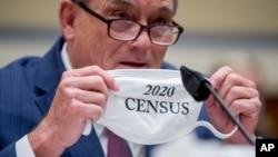 Direktur Biro Sensus AS Steven Dillingham dalam rapat dengar pendapat di Kongres, di Capitol Hill, Washington, 29 Juli 2020. (Foto: AP)