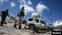 Tarkacen wasu daga cikin motocin da harin birnin Mogadishu ya rutsa da su.