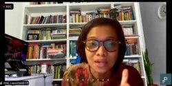 Irma Hidayana, dari LaporCovid-19, meminta negara menyiapkan tes secara regular dan random sebelum mengeluarkan kebijakan pembelajaran tatap muka. (Foto: VOA/Petrus Riski)