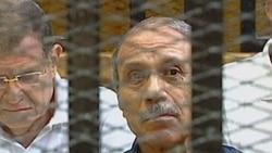 حبیب العدلی وزیر پیشین کشور مصردر دادگاهی در قاهره. ۳ اوت ۲۰۱۱