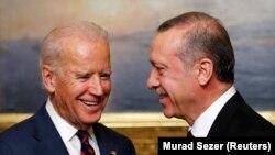 Američki potpredsednik Džozef Bajden i turski predsednik Redžep Tajip Erdogan, 22. novembar 2014.