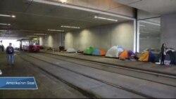 Viyana Garı Adeta Bir Mülteci Kampı