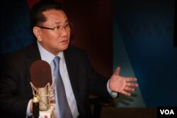FILE - Former North Korean official Ri Jong Ho speaks to VOA Korean Service.