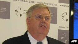 Посол США в Україні Джон Теффт