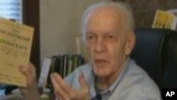 VOA连线(鲍蓉):著名政治学家吉恩·夏普去世