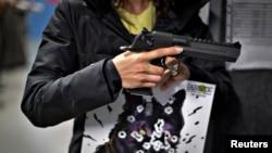 En EE.UU. se calcula que hay unas 300 millones de armas en manos de sus ciudadanos.