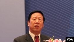 前中国人民银行行长、现任社保基金理事会理事长戴相龙资料照 (美国之音张楠拍摄)