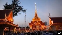 柬埔寨舉行遺體火化儀式