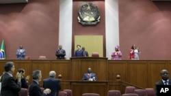 Sessão da Assembleia Nacional de Angola dedicada a presidente brasileira Dilma Roussef (Imagem de arquivo)