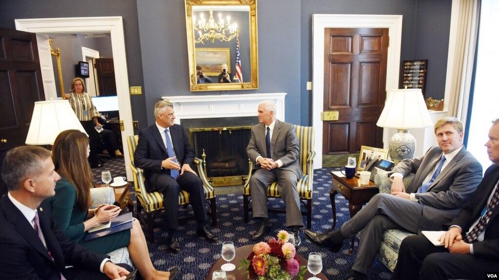 Nënpresidenti Pence pret presidentin Thaçi në Shtëpinë e Bardhë
