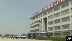 지난 2014년 5월 촬영한 영상 속 평양과기대 건물. (자료사진)