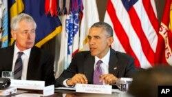 Le président Barack Obama au Pentagone mercredi, pour étudier ses options, face à l'avancée des djihadistes de l'Etat islamique contre Kobané