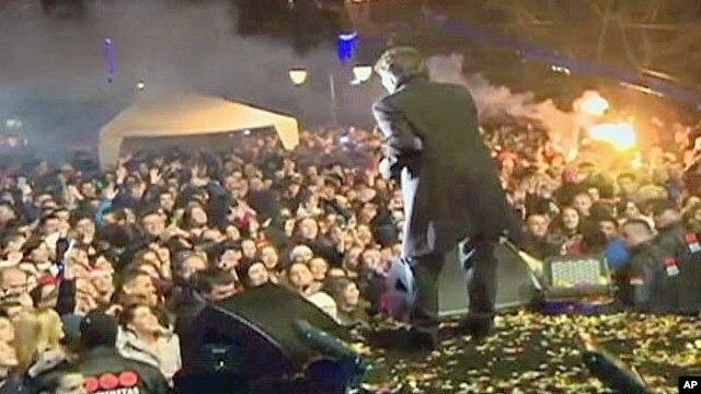 Zdravko Čolić tokom novogodišnjeg koncerta u Budvi