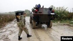 Военнослужащие вооруженных сил Турции на турецко-сирийской границе (архивное фото)