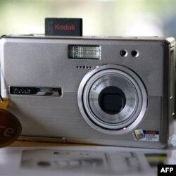 2011'de Akıllı Telefon-Dijital Fotoğraf Makinesi Savaşı Yaşandı