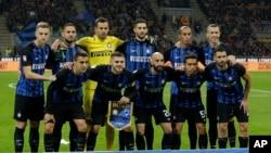 L'équipe de l'Inter Milan pose avant un match contre la Sampdoria en Serie A, Italie le 24 octobre 2017