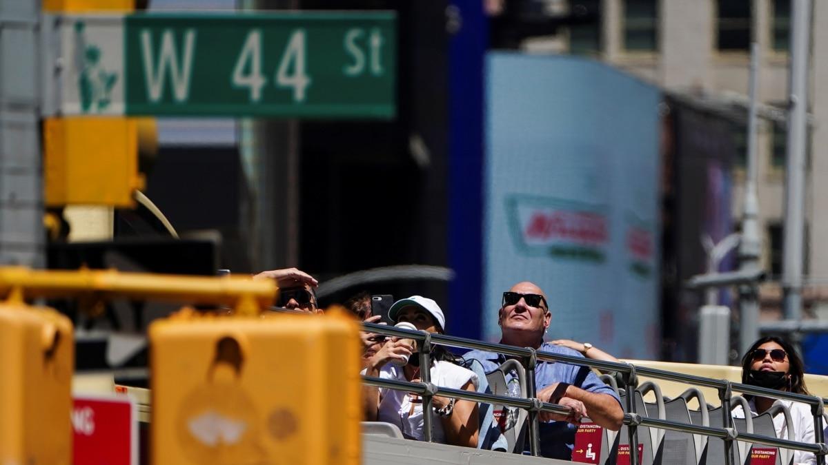 Industri Bus Wisata New York Rugi Miliaran Dolar akibat Pandemi