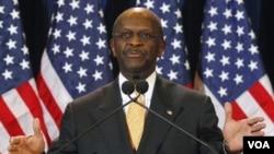 El precandidato Herman Cain hizo el ridículo cuando se le preguntó sobre Libia.