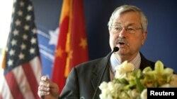 U.S. Ambassador to China Terry Branstad speaks at an event in Beijing, June 30, 2017.