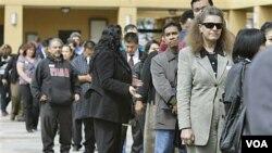 Los analistas sostienen que la tasa de crecimiento de 2,5% todavía sería baja para asegurar una recuperación del mercado de trabajo.