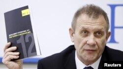 Sergei Nikitin, Direktur Amnesty Internasional Rusia dalam konferensi pers laporan tahun 2012 Amnesty Internasional di Moskow (23/5).