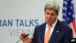 El secretario de Estado de EE.UU., John Kerry, conversó con Barack Obama sobre las opciones a seguir sobre Irán.