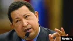 El mandatario venezolano, Hugo Chávez, durante una rueda de prensa en Caracas. El presidente anunció el cambio de ministro de Defensa.